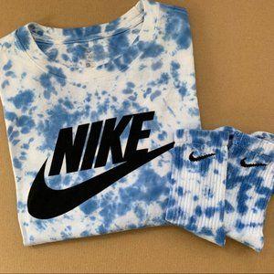 NEW Nike Blue and White Tie Dye 2-Piece Lounge Set